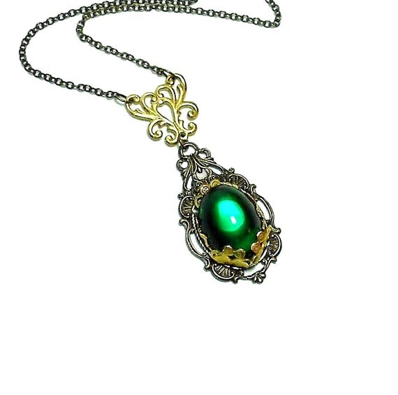 Emerald Necklace - Art Nouveau Necklace - Vintage Glass Jewel Necklace - Romantic Necklace