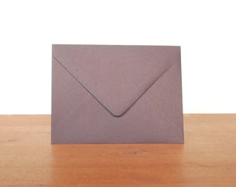plum A2 envelopes: set of 10, blank