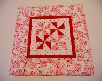 Pinwheel Quilted Table Topper, Quilted Table Runner, Mini Quilt, Pinwheels, Valentines Table Topper, Cottage Chic, Red Pink White