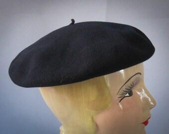 Vintage Beret Hat - 1960s Black Wool Hat