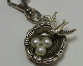 Bird on a Nest Zipper Pull Backpack Clip Key Fob Silver Purse Charm Nesting Swallow Eggs