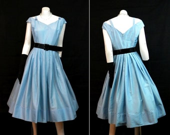 Vintage Full Skirted Party Prom Dress Rhinestone Pins