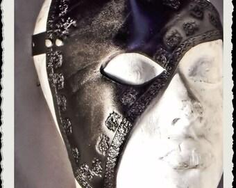 Leather half mask - Mornië -