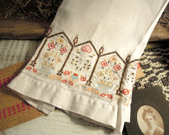 Vintage / Antique Linen Tea Towel / Hand Stitched / Swedish Style / Embroidered Linen / Swedish Linens
