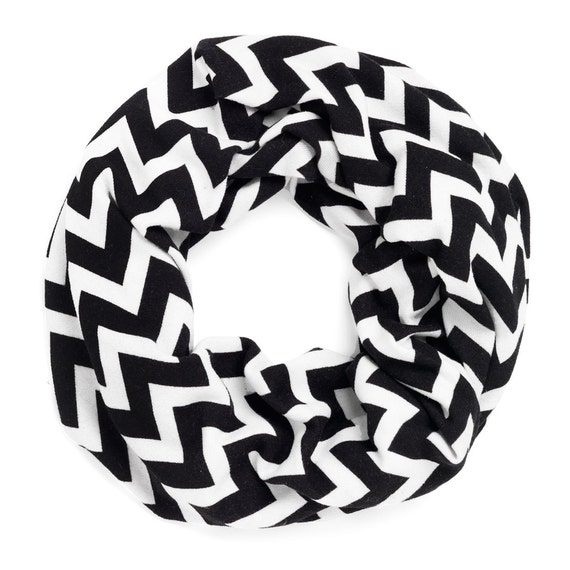 Infinity Scarf in Black Chevron