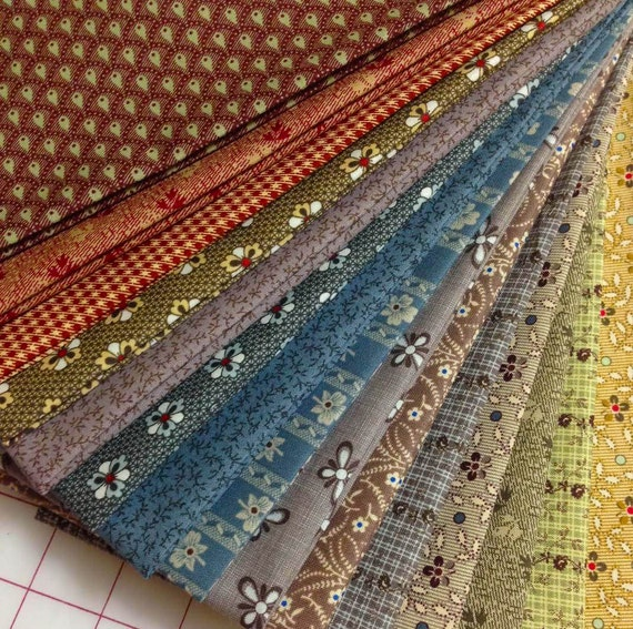 15 Olde Townhouse Civil War Reproduction Quilt Fabric Fat