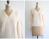 1950s cream lambswool ladies sweater - cableknit V-neck / Snowy Ivory - ivory winter wool / vintage 50s