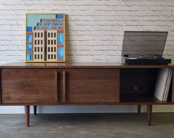 Kasse TV Stand in Solid Walnut