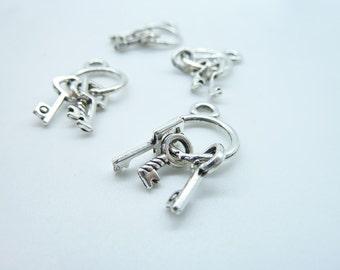 10 pcs 13x24m Antique Silver Keychain with Three Vintage Keys Charms Pendant c3834