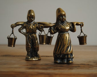 Vintage - Brass Dutch boy and girl carrying water