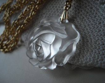 Lit from Within Vintage Antique Lalique Inspired Glass Pendant  Gold Necklace Nature Woodland