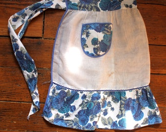 Home Baker... Vintage Half Apron WIth Blue Floral Accents