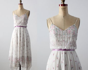 1970s floral handkerchief hem dress
