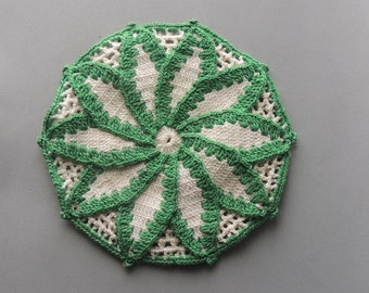 Vintage Potholder, Handmade Crocheted Potholder, Vintage Kitchen Decor, 1930s, 1940s, Green and Cream Potholders, Home Decor,