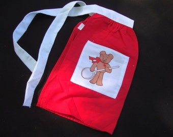 Vintage Child Girl Christmas Apron Red Cotton Teddy Bear Applique Pocket Vintage Retro Kitchen Hostess Gift for Her Made in USA 95