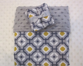 Minky lined blanket 28 x 34 - or 34 x 45  Baby / Toddler with Matching Reversible Strap Covers.