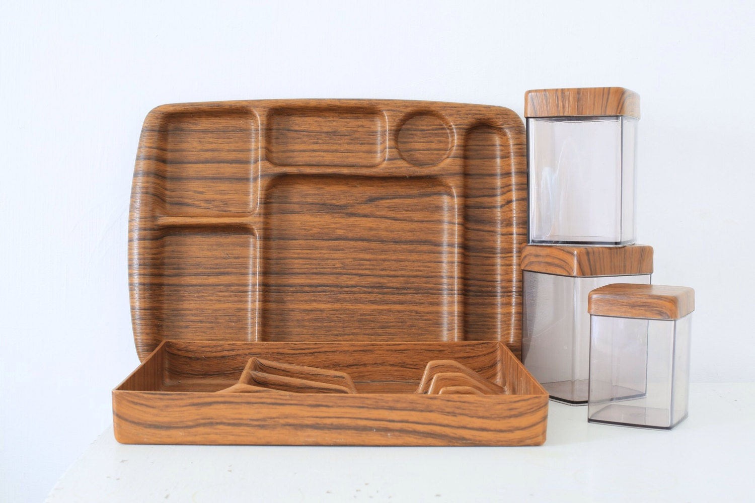 Retro caleppio faux teak kitchen set trays containers italian for Fake kitchen set