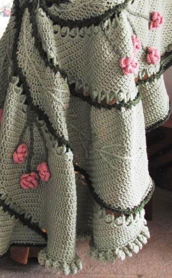 Circular Leaf Swirl with Flowers Crochet Afghan Pattern