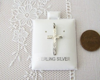 Sales Vintage Small Sterling silver Cross  Pendant (etched pattern)