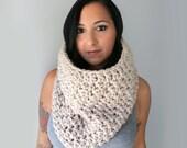 Handmade  Chunky Crochet Bella Cowl, Linen Beige Chunky Oversized Cowl, Latte Crochet Cowl, Winter Accessories