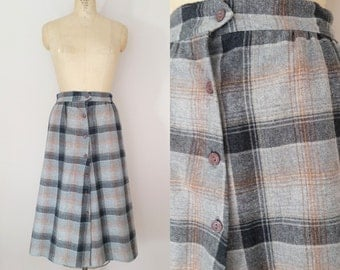 1960s Grey Plaid Wool Skirt // Vintage 60s A-Line Skirt // Small Medium