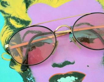 1980s URBAN Sunglasses..unisex. helter skelter. mod. retro. sunglasses. rad. boho. urban. hipster. summer. party. twiggy. mid century. prep.