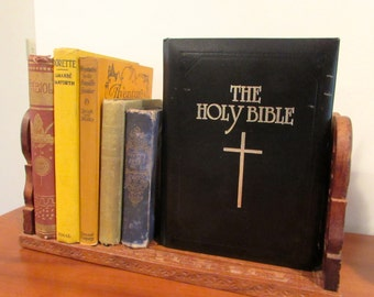 Vintage 1970s Holy Bible