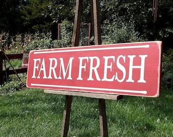 FARM FRESH Distressed Finish Wood Sign