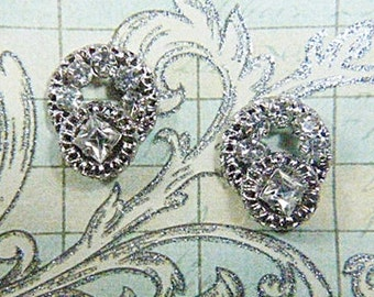 Vintage Rhinestone Screwback Earrings - V-EAR-175 - Rhinestone Earrings - Screw Back Earrings