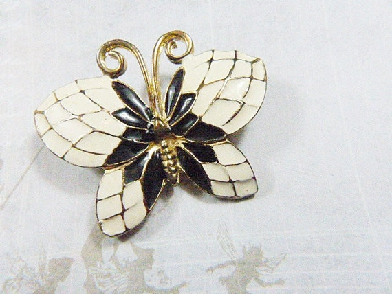 Vintage Black and White Butterfly Brooch - BUT-110 - Black Butterfly    Vintage Butterfly Black And White