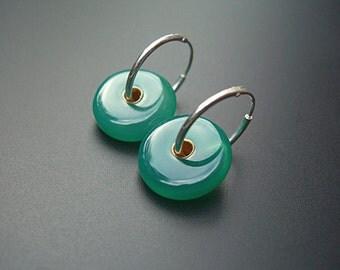 Emerald, kelly green onyx, silver, simple earrings, zen earrings, geometric , funky earrings, hipster earrings, handmade, artisian - Disco