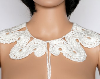 Off White-Cream Hand Knit Lace Collar, Lace Crocheted Necklace, Hand Knit Jewelry