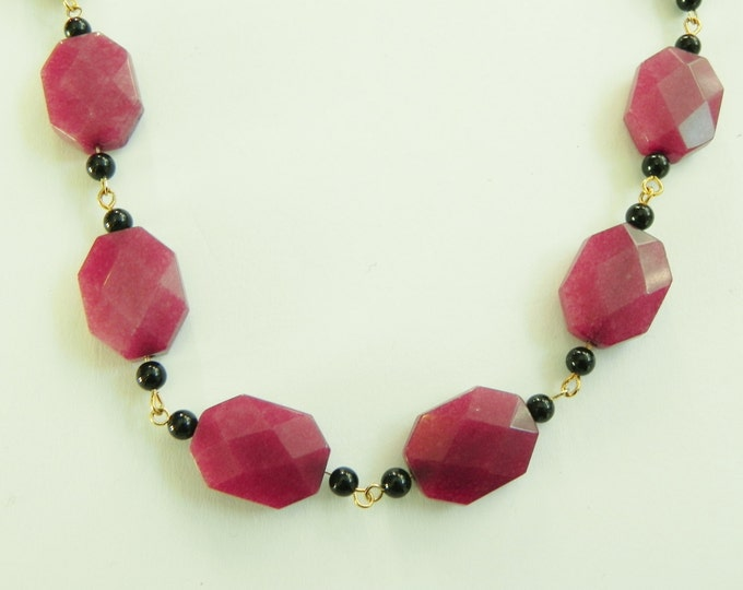 """Cherry quartzite & black onyx chainlinked gemstone necklace, red, black, 22"""" length, gold plated sterling silver links, rosary style"""