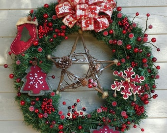 Country Christmas artificial pine wreath Red berries western star snowflake checkered bow