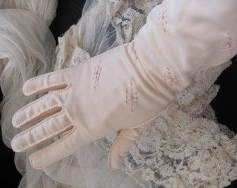 "Beautiful Pale Pink Shalimar Ladies Soft Nylon Wrist Gloves 14"" Inch Long"