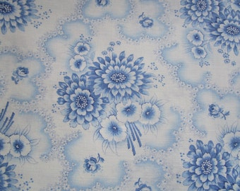 Vintage French Fabric Blue Daisies and Morning Glory Blue Rosebuds Suitable for Patchwork Quilting, Lavender Bags Feedsack