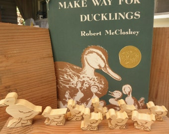 Make Way for Ducklings Wood Toy  Set Story Book Series