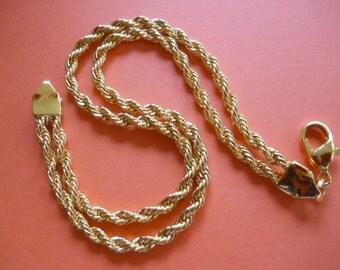 Shiny Decorative Double Twisted Chain Bracelet