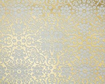 Retro Flock Wallpaper by the Yard 70s Vintage Flock Wallpaper - 1970s White Floral Geometric Damask Flock on Gold Metallic