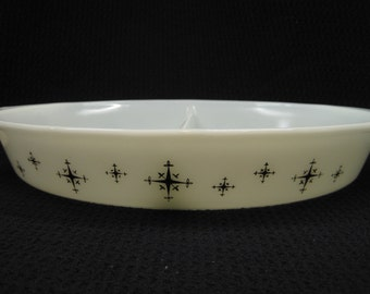 Vintage Pyrex Compass Divided Dish, Black Star