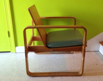 Mid Century Modern Bent Wood Lounge Chair by Thonet