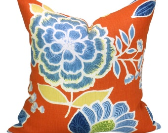 Sulu pillow cover in Coral