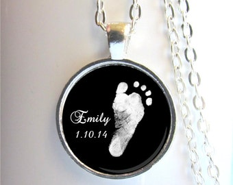 Footprint Necklace, Baby Footprint Pendant, Mother's Necklace, Custom Footprint Jewelry