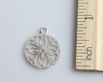 Filigree Circle Charm, 925 Sterling Silver Charm, Sterling Silver Flower Charm, Sterling Silver Flower Pendant, 17mm ( 1 piece )