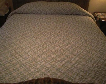 Sale - Cabin Craft GREEN with Mini WHITE Double Wedding Rings and POPS Vintage Chenille Bedspread - Free Shipping