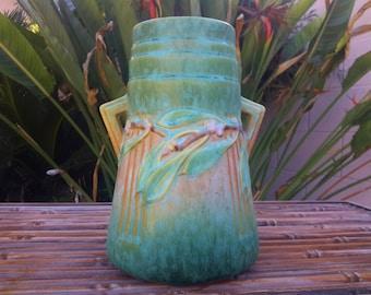 RARE ROSEVILLE POTTERY 1934 Laurel Vase Vertical Ribbed Futura Art Deco Style Turquoise Green Shape 671-7 1/4 Original Sticker