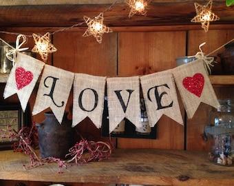 Love Bunting, Wedding Bunting, Valentines Day Bunting, Valentines Day Banner, Valentines Day Garland, Valentines Pennant, Valentines Day