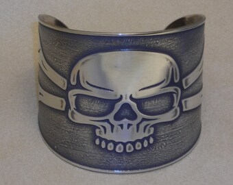 """Skull Pirate Jewelry - Handmade Etched Jolly Roger Cuff Bracelet - Etched in Nickel - made for a 6 1/4"""" wrist - Ready to Ship"""
