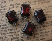10x8mm Garnet Red Czech Glass Baguette Rhinestones in Oxidized Brass Settings 2-Loop Connectors (4)