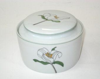 Mary Lou Goertzen WATERCOLORS Trillium Sugar Bowl Block Portugal